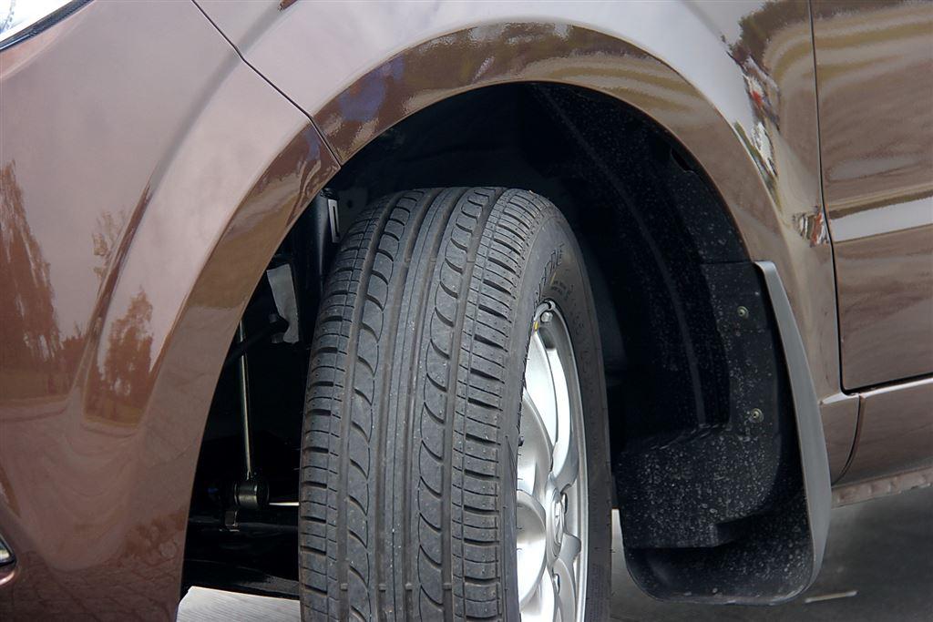 北汽威旺m30轮胎花纹图片